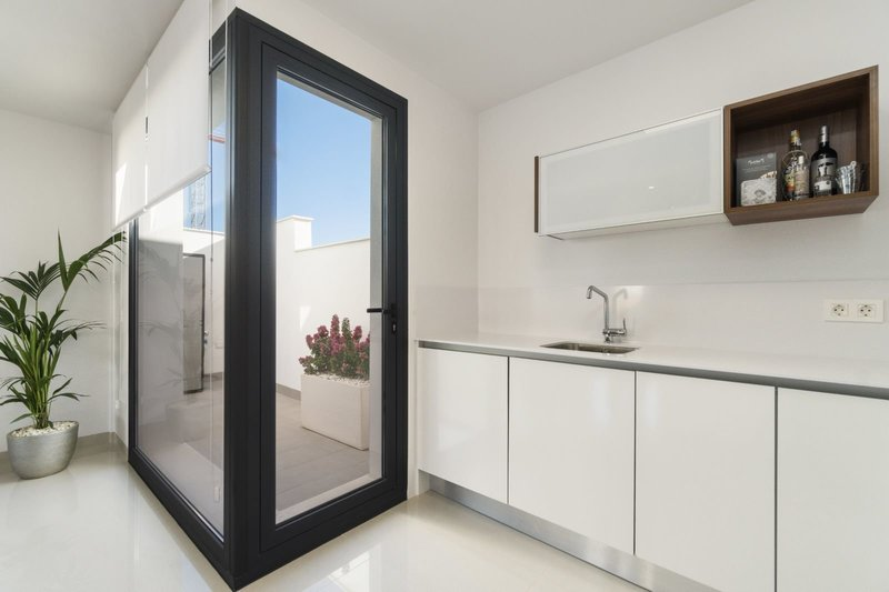 RH-1395-property6