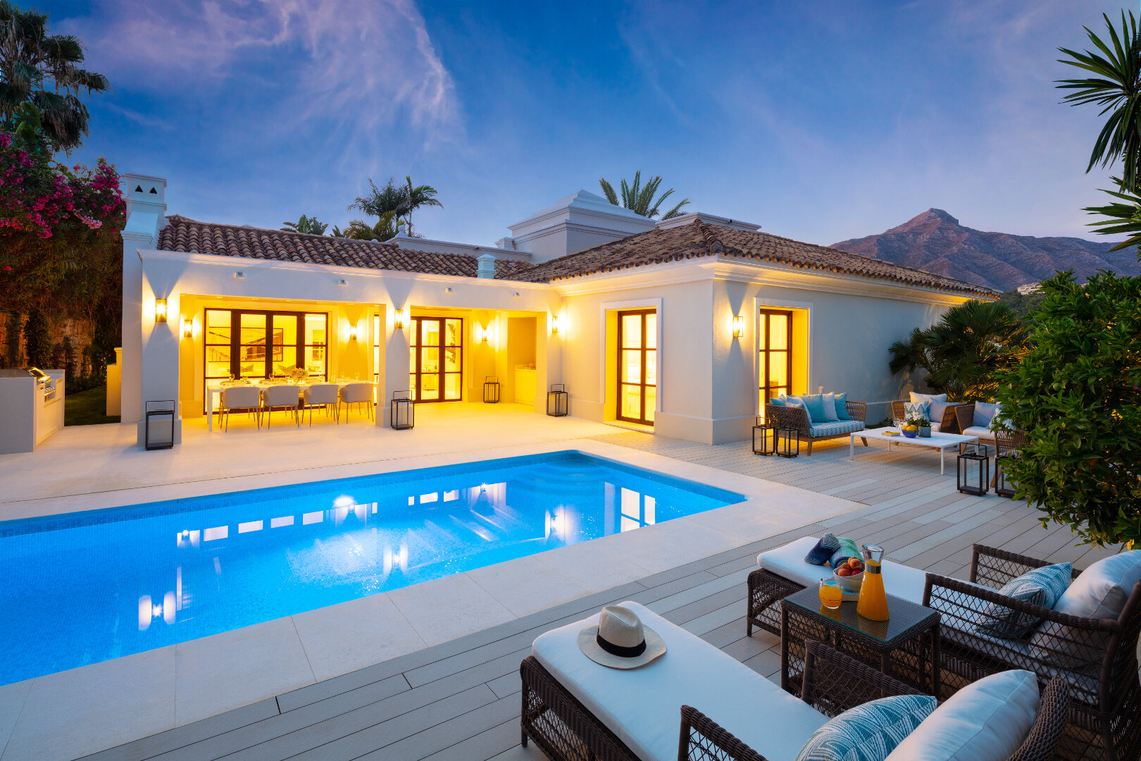 Family Villa in the heart of the Golf Valley, Las Brisas Marbella, close to amenities and schools