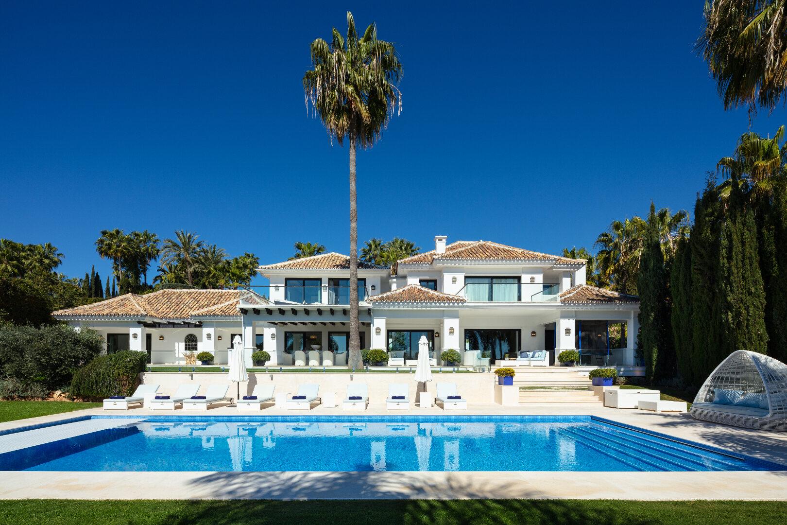 Ideal luxury family villa in La Cerquilla Nueva Andalucia, Marbella