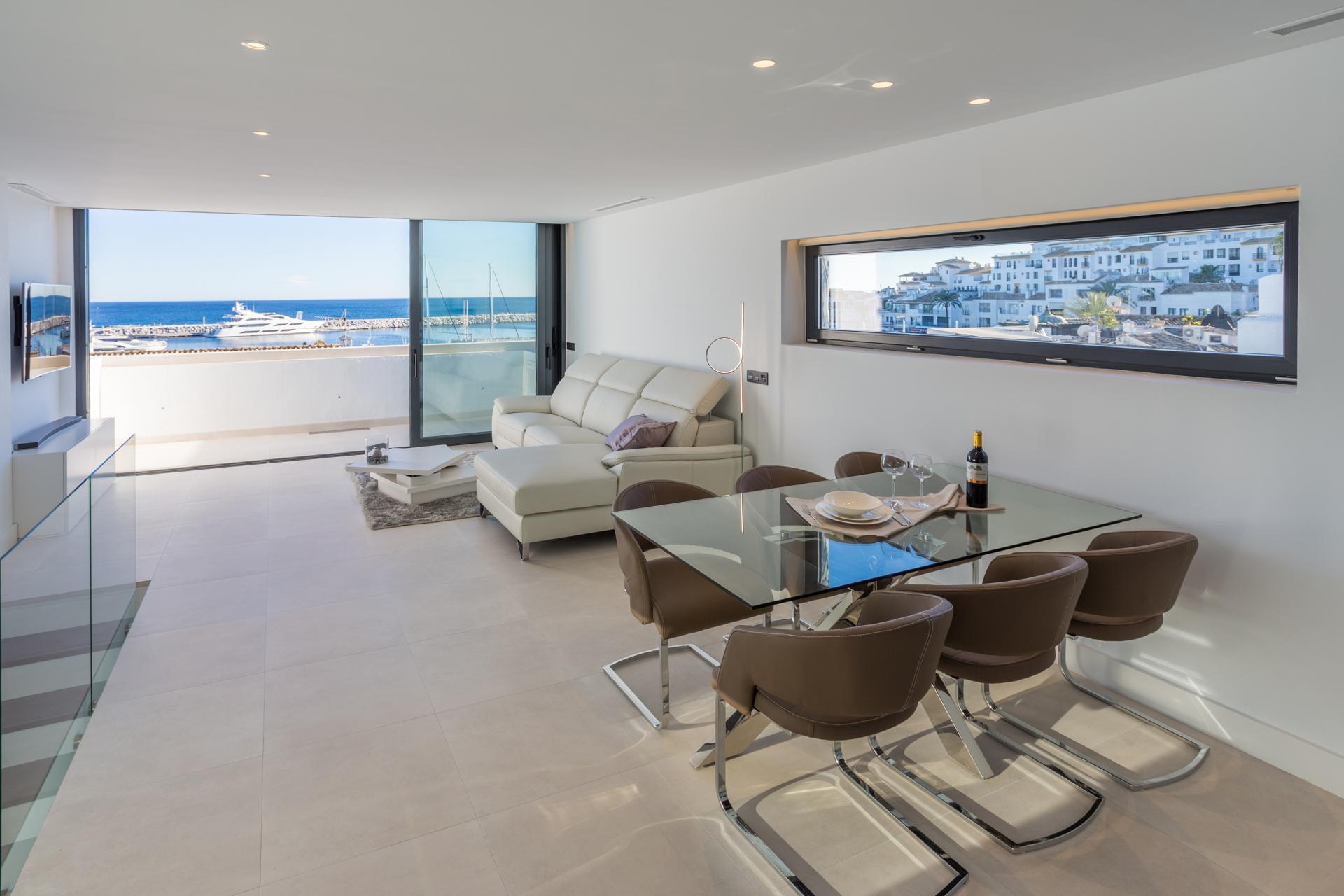 Magnificent, Luxury Duplex Penthouse front line Puerto Banus